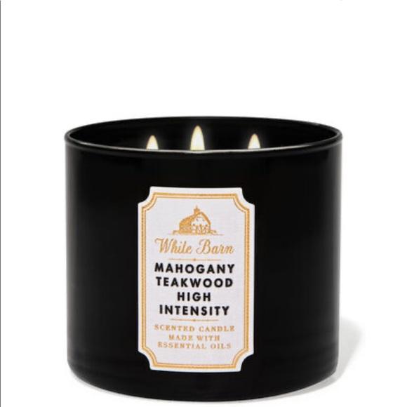 COPY - Bath & Body works mahogany teakwood candle